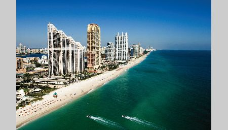 Why live in sunny isles beach coastal florida living for Why live in florida