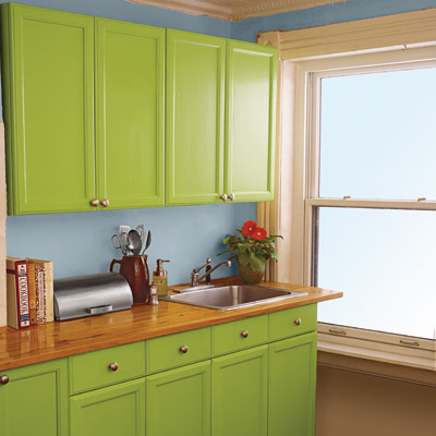 Paint your kitchencabinets onedaydiyprojects coastal for Remodel kitchen without replacing cabinets